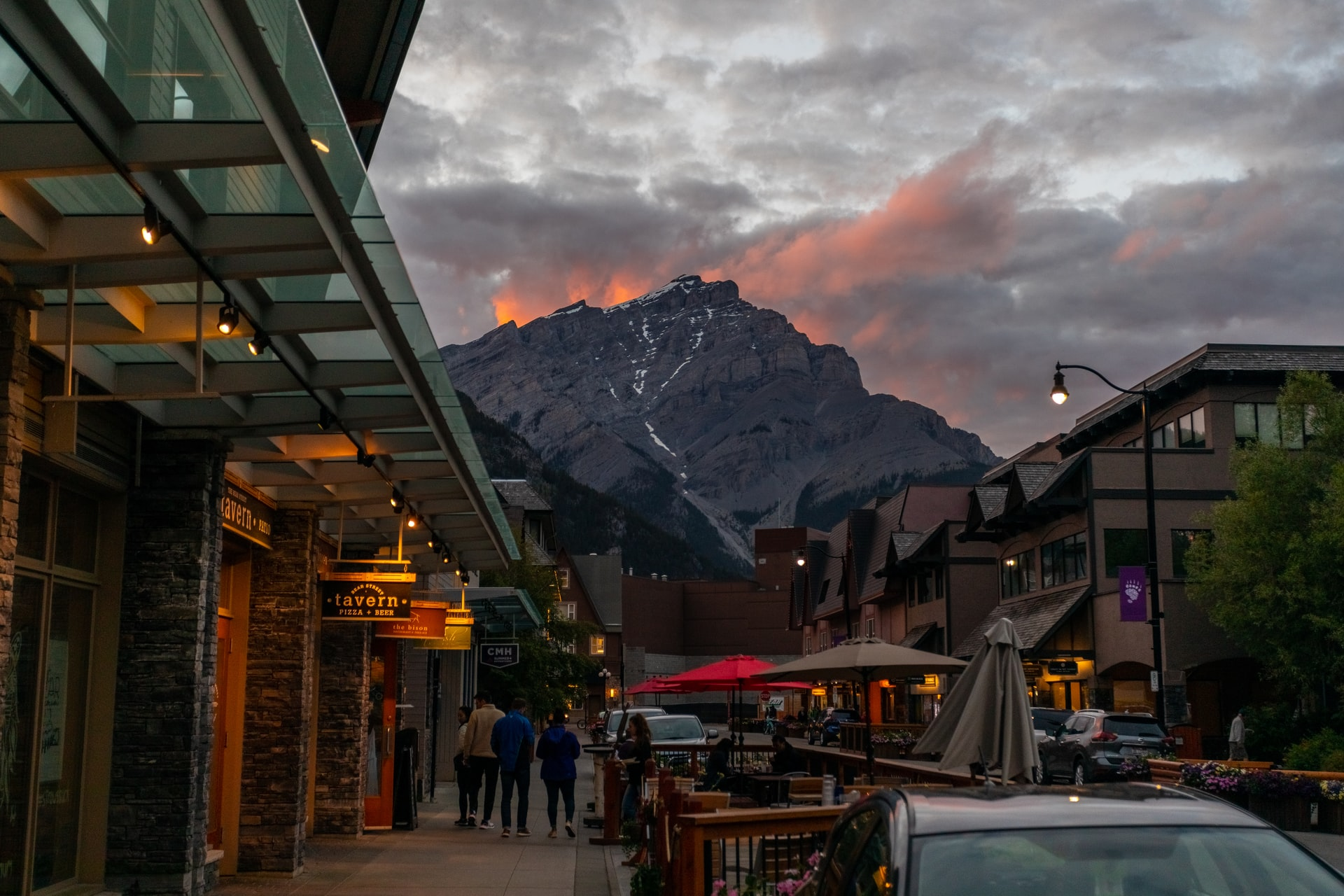 How To Travel To Banff Canada